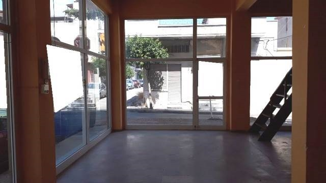 (For Rent) Commercial Retail Shop || Piraias/Nikaia - 168Sq.m, 600€