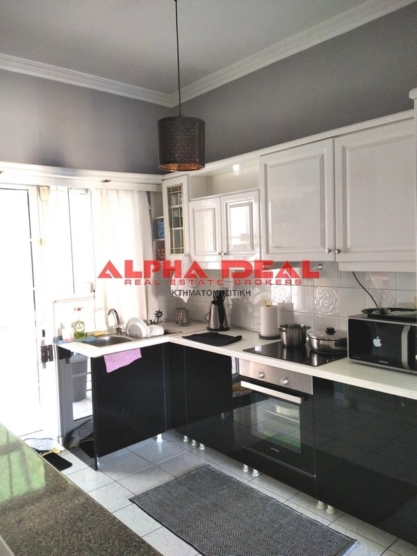 (For Sale) Residential Apartment || Athens Center/Athens - 120 Sq.m, 3 Bedrooms, 140.000€