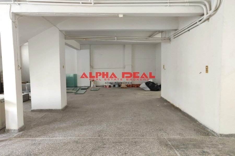 (For Sale) Commercial Retail Shop || Piraias/Piraeus - 140 Sq.m, 50.000€